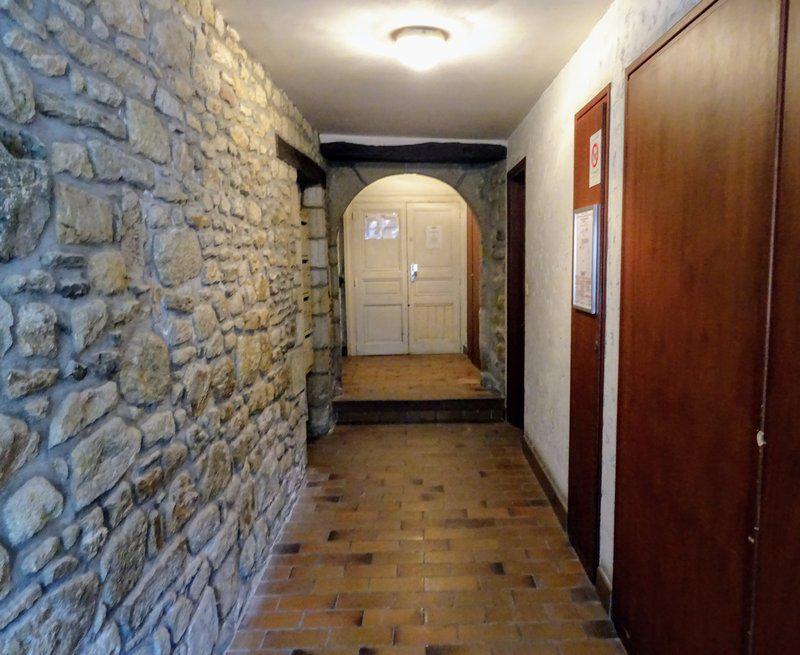 Exclusivity, studio port of Vannes