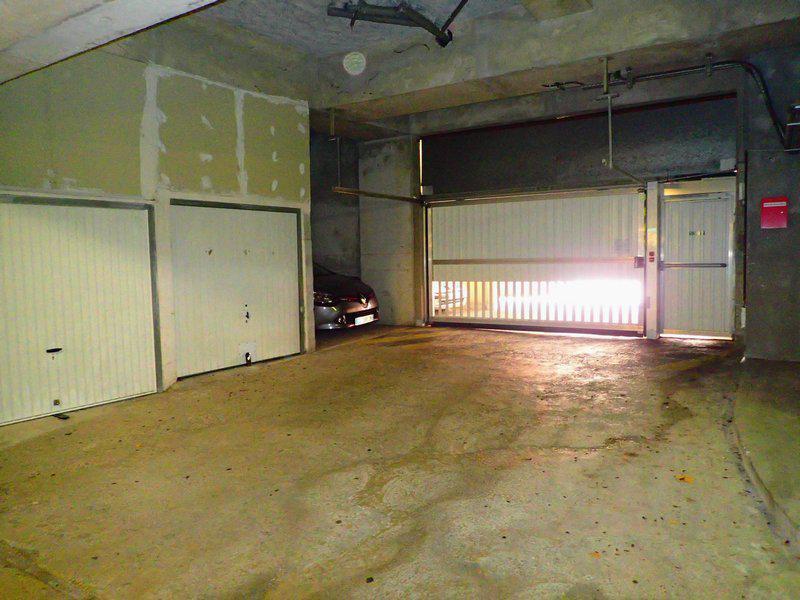 Apartement garage