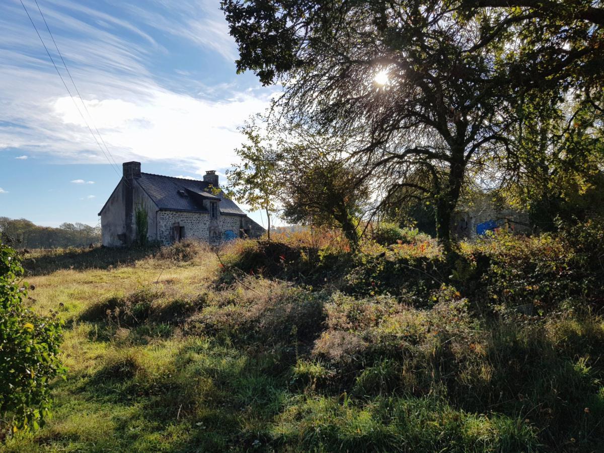 Old houses to renovate Brangoulo hamlet