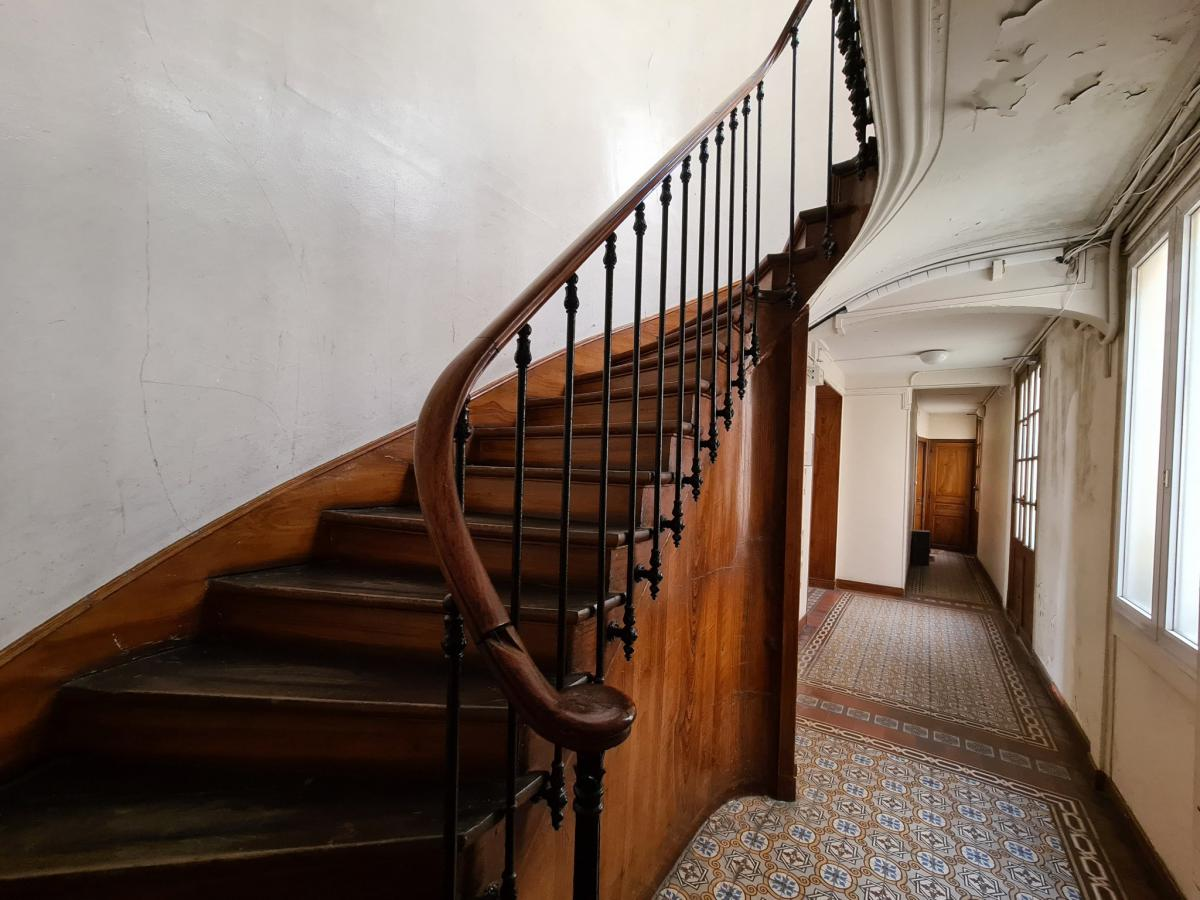 Petit-Montrouge 1st floor flat 1 bedroom cellar