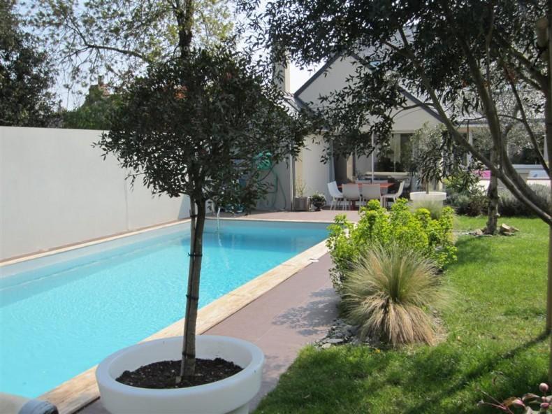 VANNES Port à pied Maison 3 ch piscine VENDU