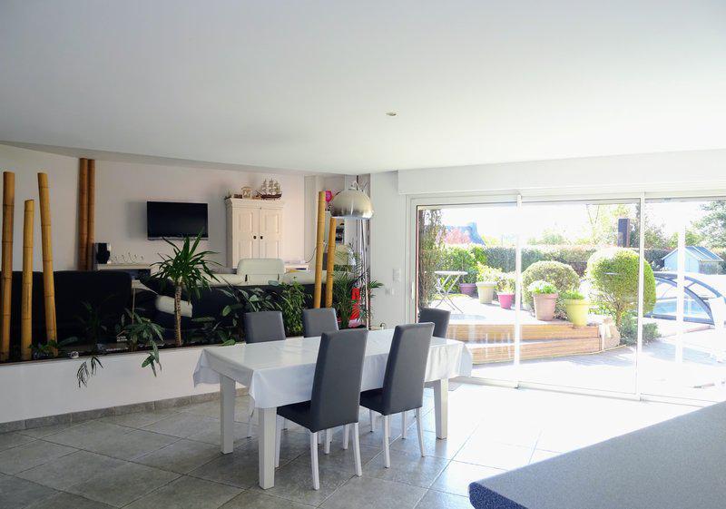 Maison 4ch, piscine couverte, jardin