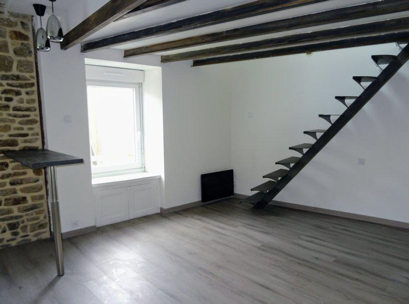Appartement centre remparts 27m2