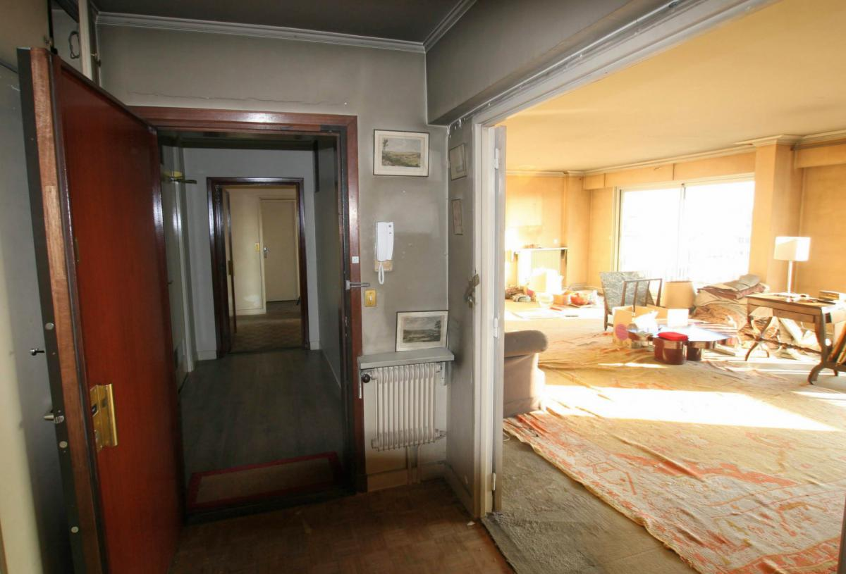 Appartement traversant 133m2 dernier étage balcon 4 chambre