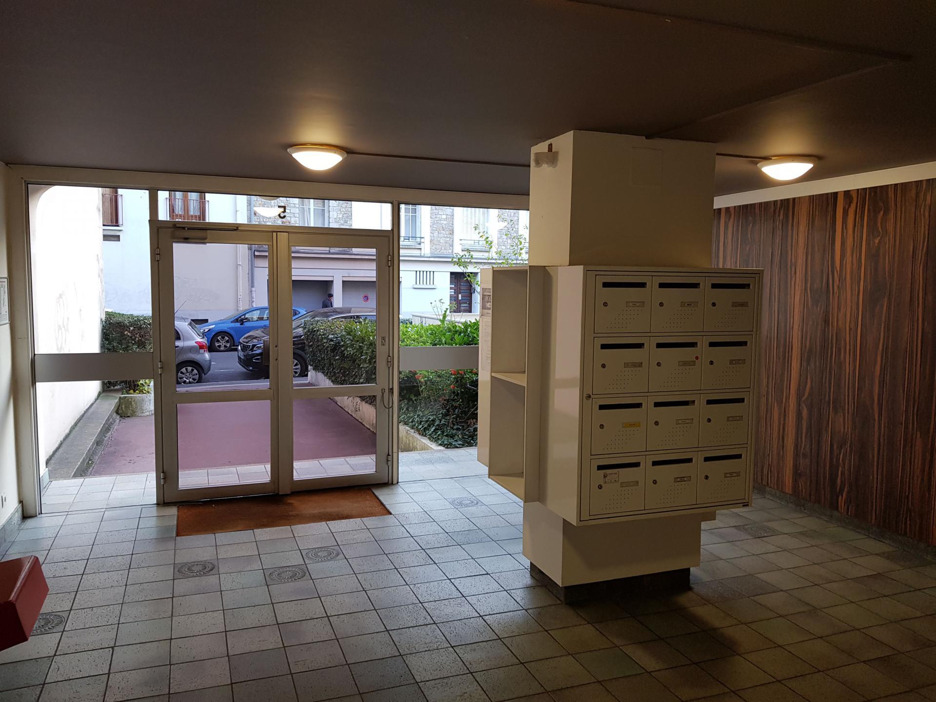 Appartement et parking centre Thabor-Saint-Hélier