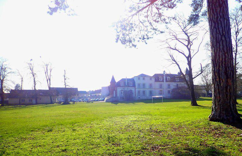 Propriété château normes ERP parc clos 2Ha