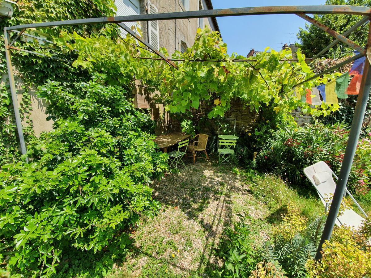 Le port rive gauche appartement 2 ch jardin