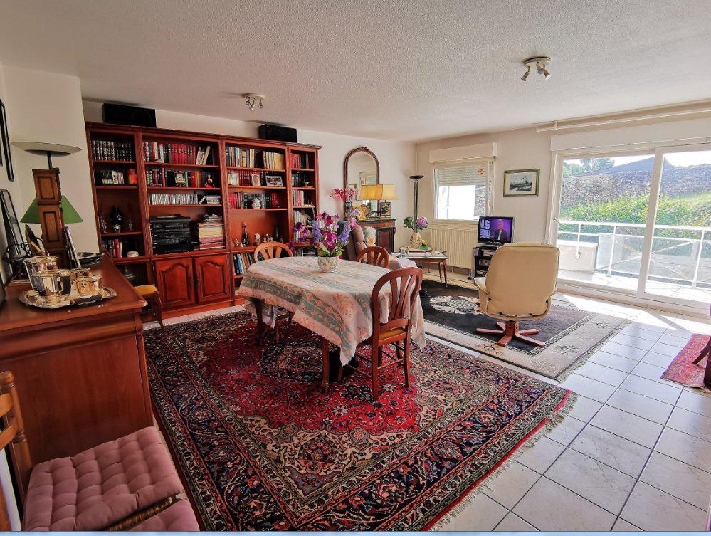 Appartement T3 82 m2 avec cave et parking couvert